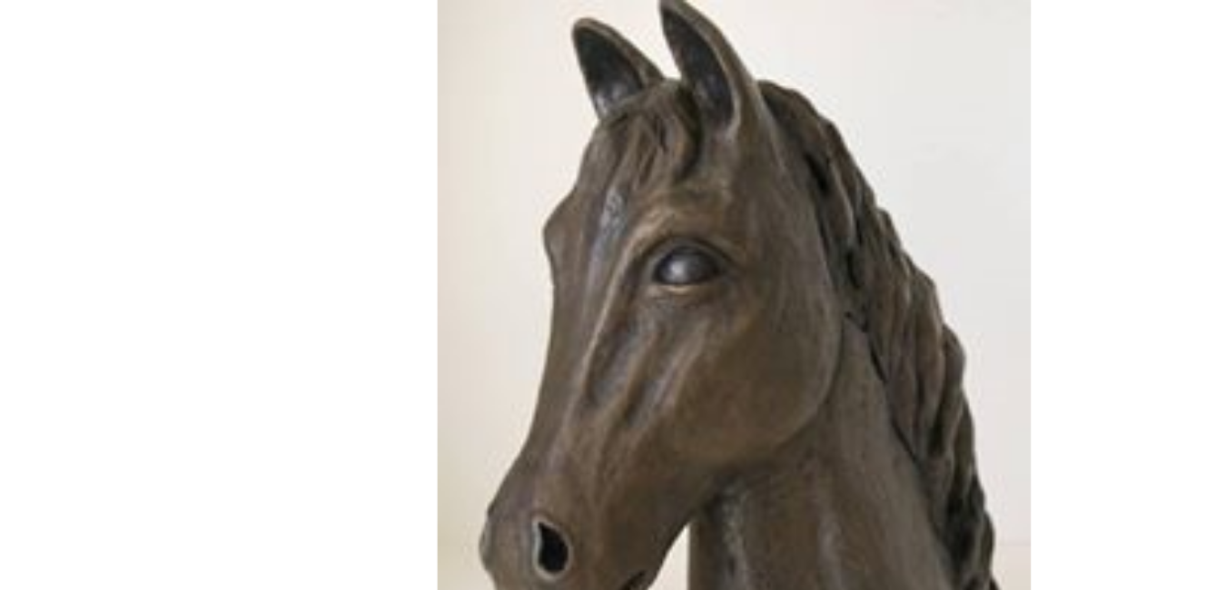 Sculpture of Nobility the horse